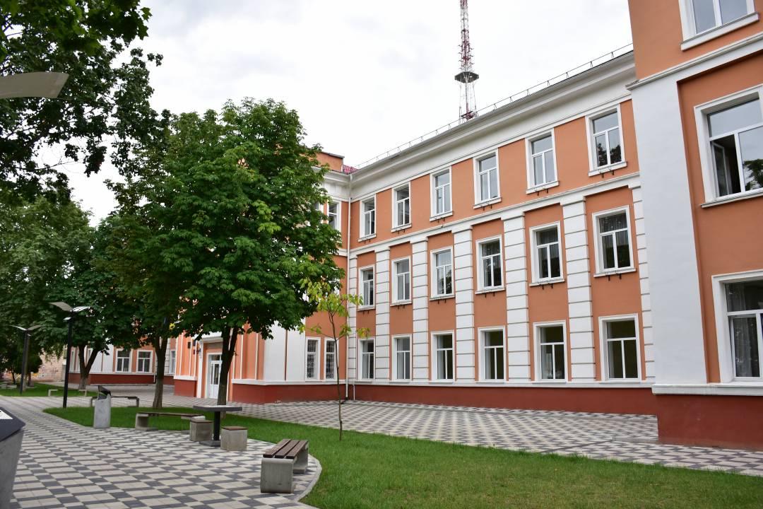 Чернігівська школа №1 тепер тепліша та енергоощадна